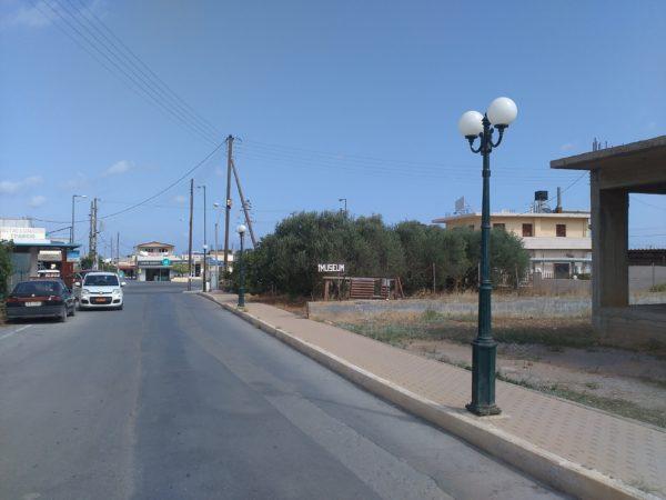 -διακλάδωση-προς-Πανω-χωριό-Γουβών-e1537451381196 Απάντηση του αντιδημάρχου Χερσονήσου κ. Μεραμβελιωτάκη