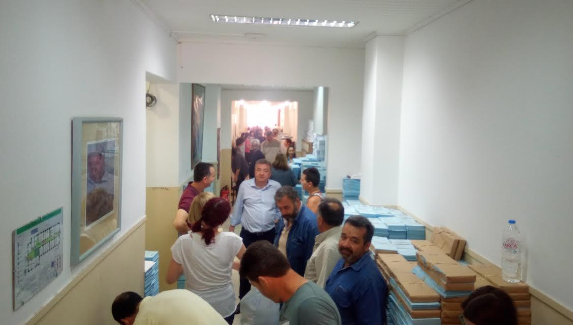 0-13-31 Οργασμός στην Περιφέρεια Κρήτης για τις εκλογές