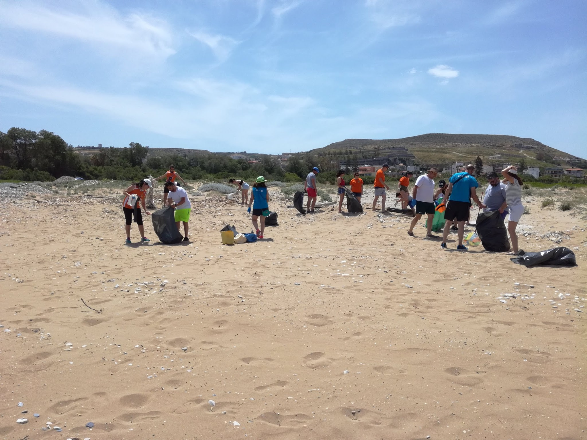 unnamed-2-18 Εθελοντικός καθαρισμός της δημοτικής ακτής Καρτερού