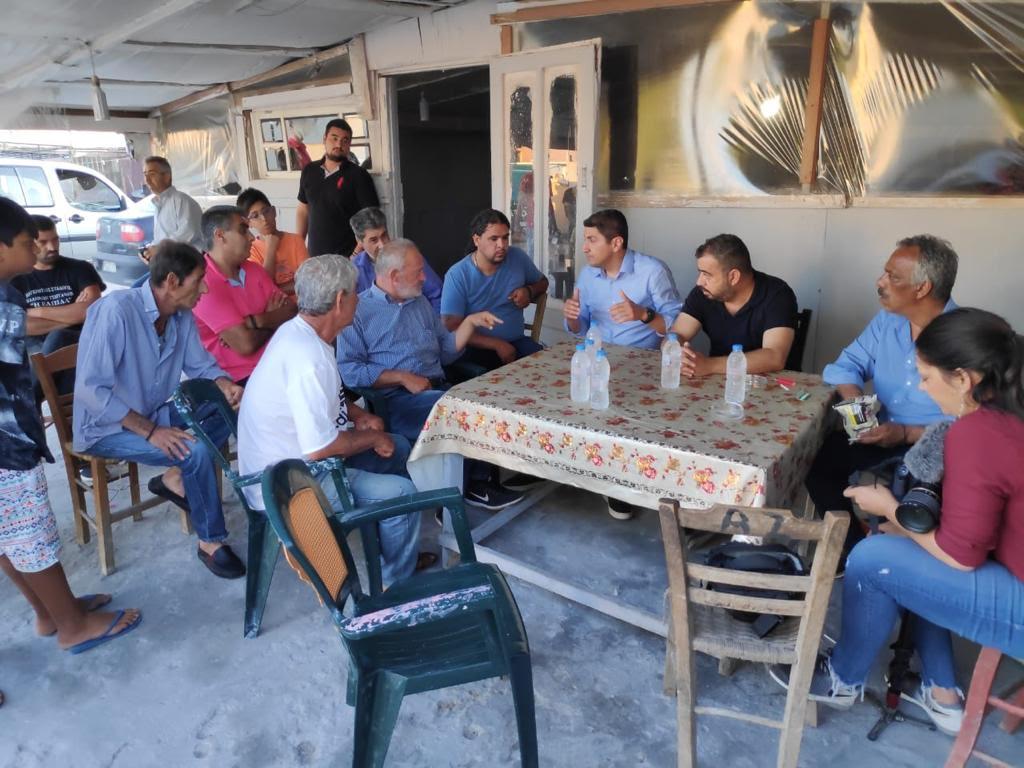 0-1-19 Επίσκεψη Αυγενάκη στον καταυλισμό των Ρομά