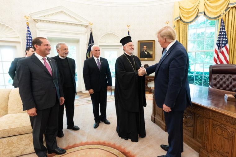 elpi-tramp1 Ο νέος Αρχιεπίσκοπος Αμερικής Ελπιδοφόρος στον Πρόεδρο Τραμπ