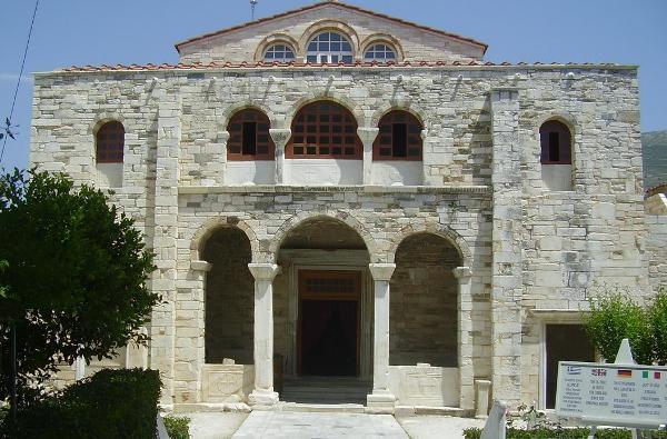 monastiriaB_ekatontapiliani_paros Τα τρία μεγάλα προσκυνήματα της Παναγίας: Τήνος - Σουμελά - Πάρος