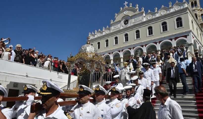 tinos-panagia Τα τρία μεγάλα προσκυνήματα της Παναγίας: Τήνος - Σουμελά - Πάρος