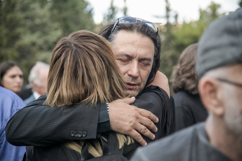 kotsiras-kideia-maxairitsa_iefimerida Τελευταίο αντίο στον Λαυρέντη Μαχαιρίτσα -Παρών ο πρωθυπουργός με την σύζυγό του
