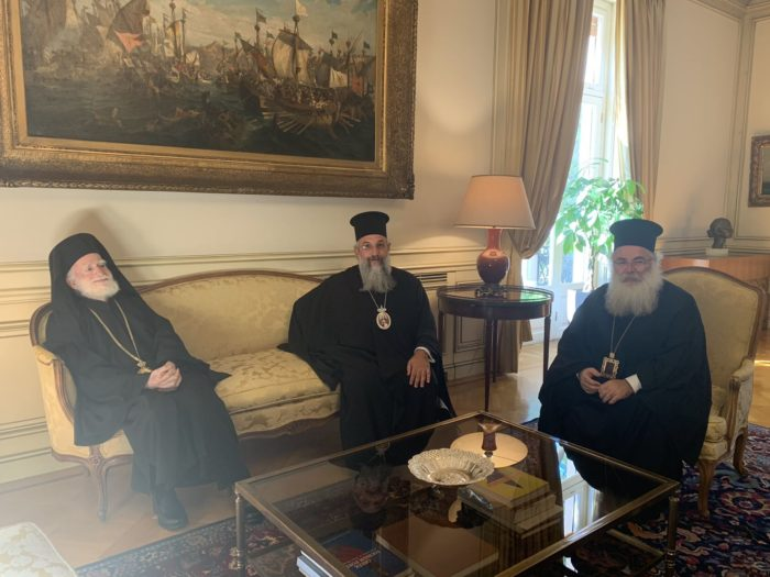 .-ΠΡΩΘΥΠΟΥΡΓΟΣ-3-e1570616206364 Ο πρωθυπουργός στο πλευρό της Εκκλησίας Κρήτης