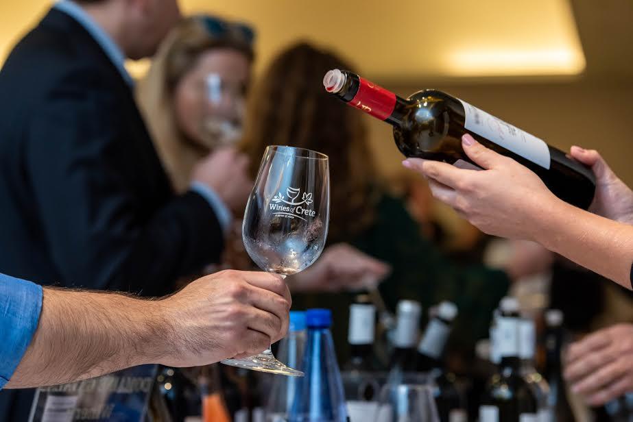 1-150 Τα κρασιά της Κρήτης έδωσαν ξανά το δυναμικό παρόν στην Πρωτεύουσα!