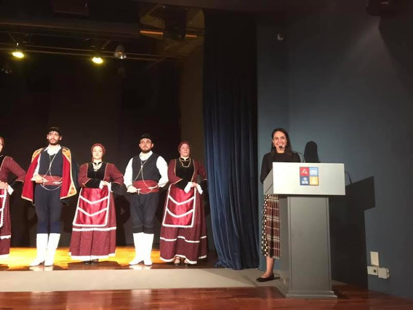 1-165 Νέους δρόμους στα Κρητικά υφαντά άνοιξαν οι γυναίκες επιχειρηματίες