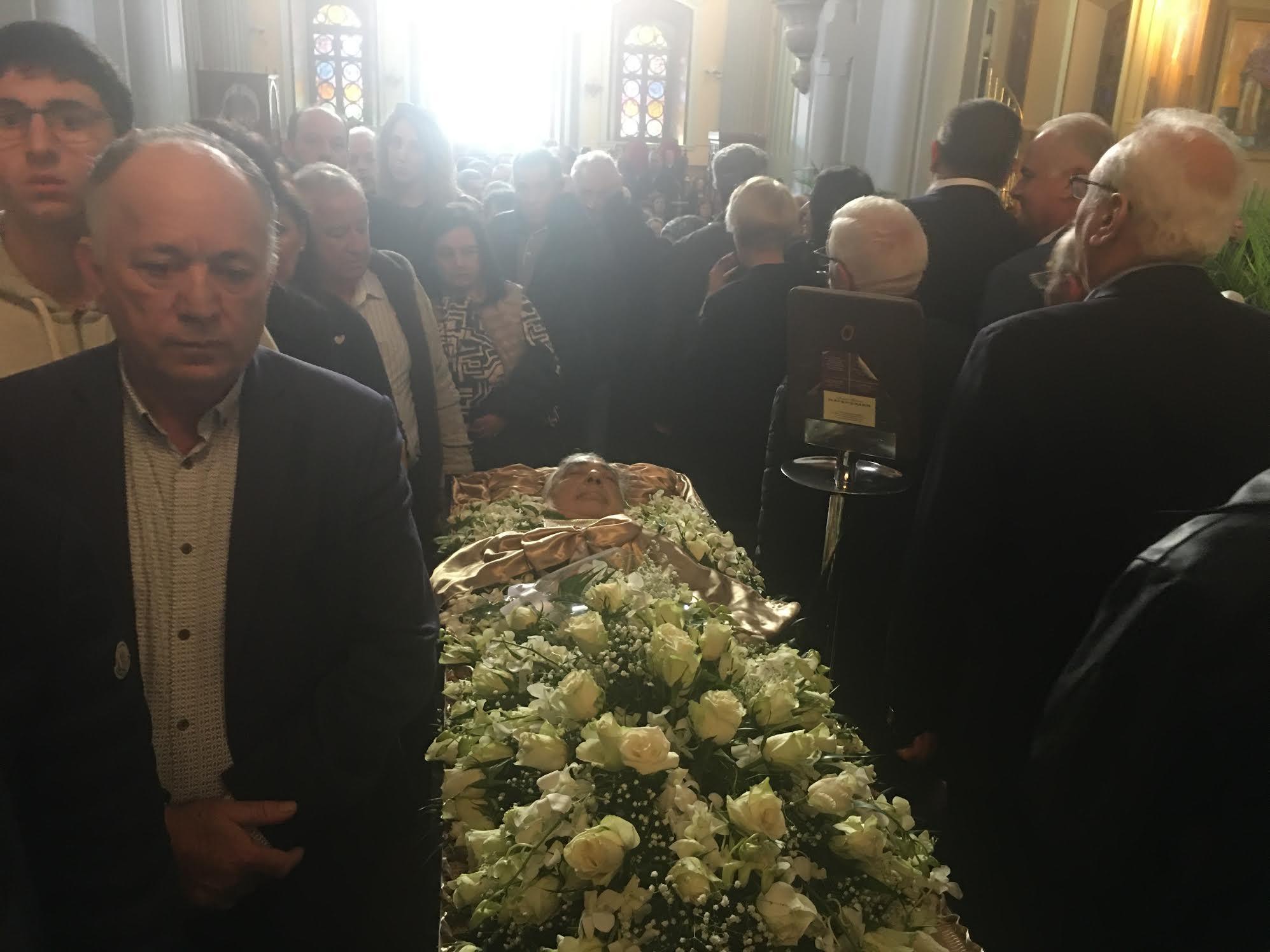 0-16 Πανδήμως κηδεύθηκε χθες ο Γιώργος Δεικτάκης